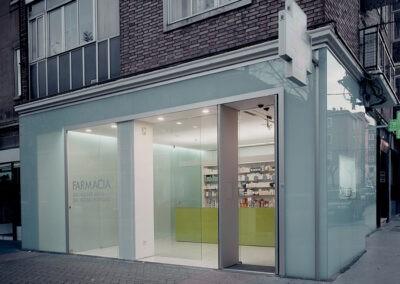 reforma obra nueva vitoria farmacia interiorismo 1307 arquitectos